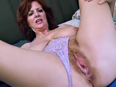 Mom HD Porn Tubes