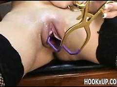 Pussy spread wide open - hookXup_co