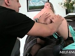 Chesty MILF taking hungry pecker in her warm mouth
