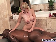 Hot blonde babe goes crazy rubbing part1