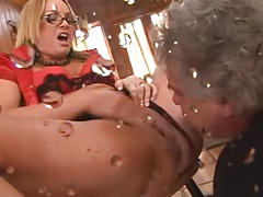 Masturbation and squirt 3