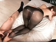 Boty Japanese in black pantyhose