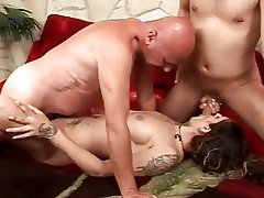 Hot pissing threesome action