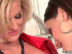 Two horny girls love getting wam