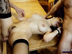 Curvy stripper Valentina gets double penetration