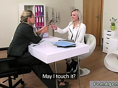 Female agent toys blonde amateur babe on casting